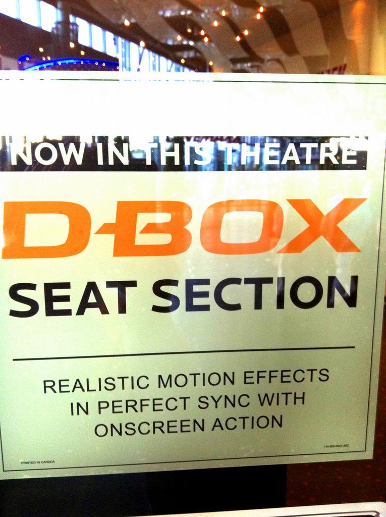 D-Box Plakat am Eingang